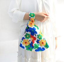 Ladies Mini Flower Dot Wristlet Bag Purse Samll Pouch Bags Food Phone Shopper Clutch Korean Japanese Carrying Handbag