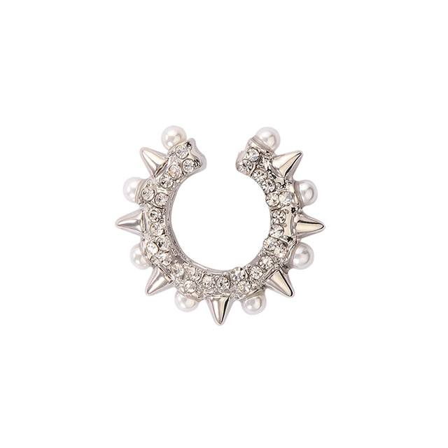 Rock-Spike-Rivets-Ear-Clip-on-Earring-for-Women-Imitation-Pearl-Cartilage-Ear-Cuff-Earclip-Stackable.jpg_640x640 (1)