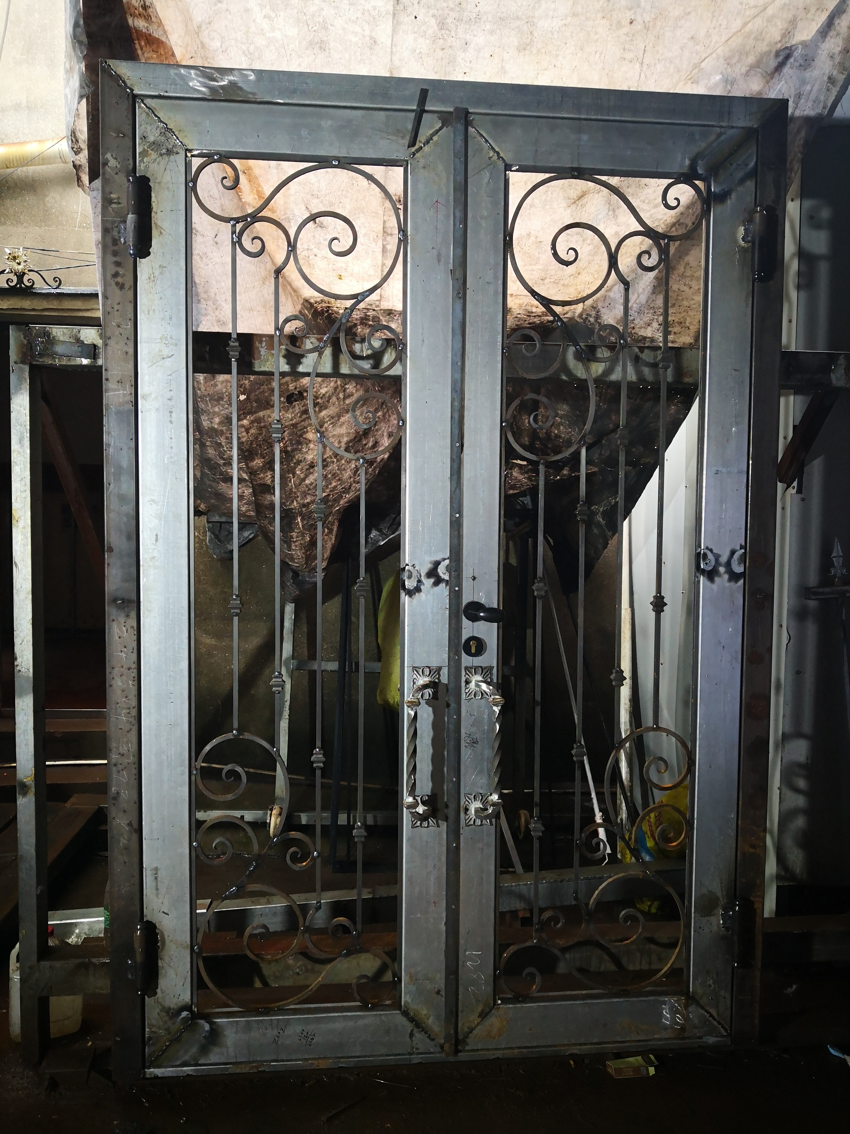 Shanghai Hench Brand China Factory 100% Custom Made Sale Australia Antique Wrought Iron Doors