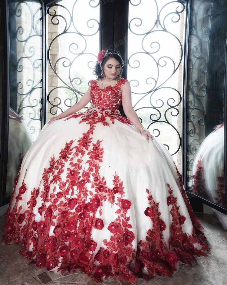 Ivory Ball Gown Quinceanera Dresses With 3D Red Flowers  Sweetheart Tulle Ball Gown Sweet 16 Dress vestidos de 15 años 2021