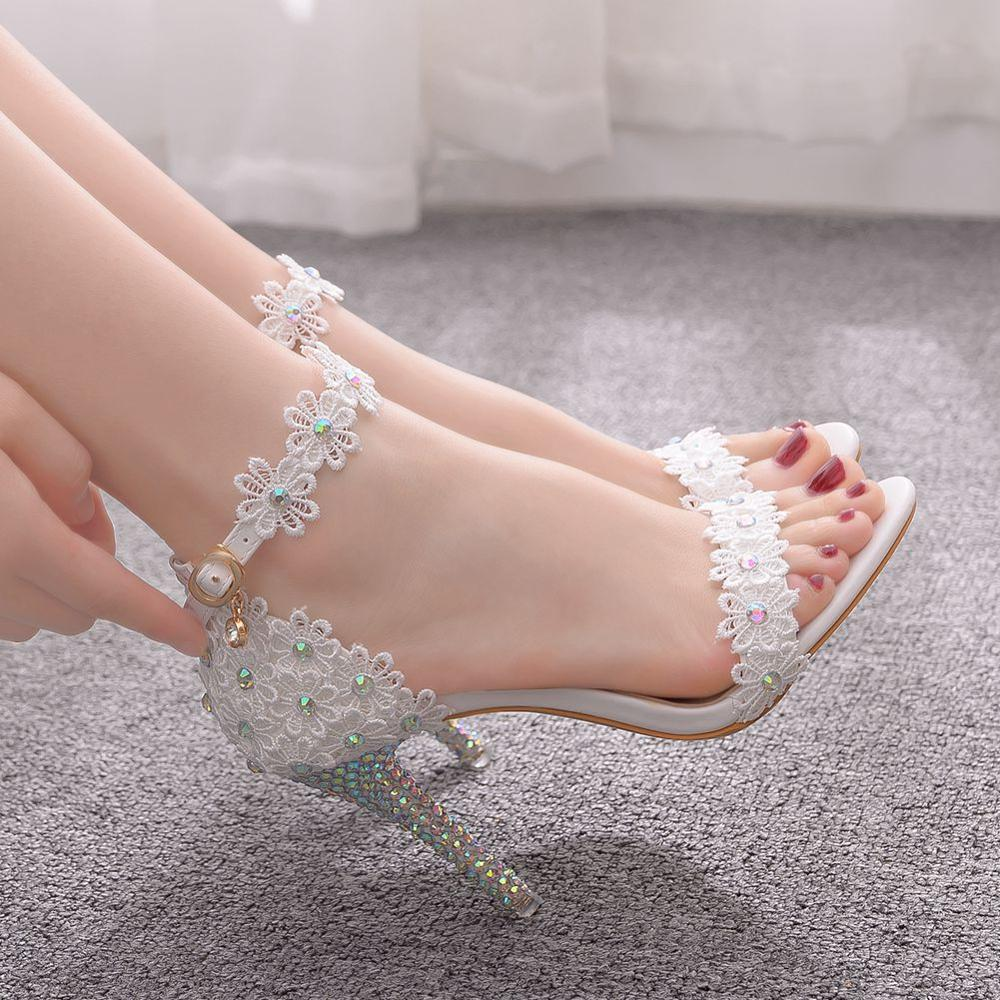 Crystal Queen Women Lace Wedding Shoes Thin High Heels White Bridal Open Toe Sandals Summer Strap Ankle Sexy Party Dress Shoes