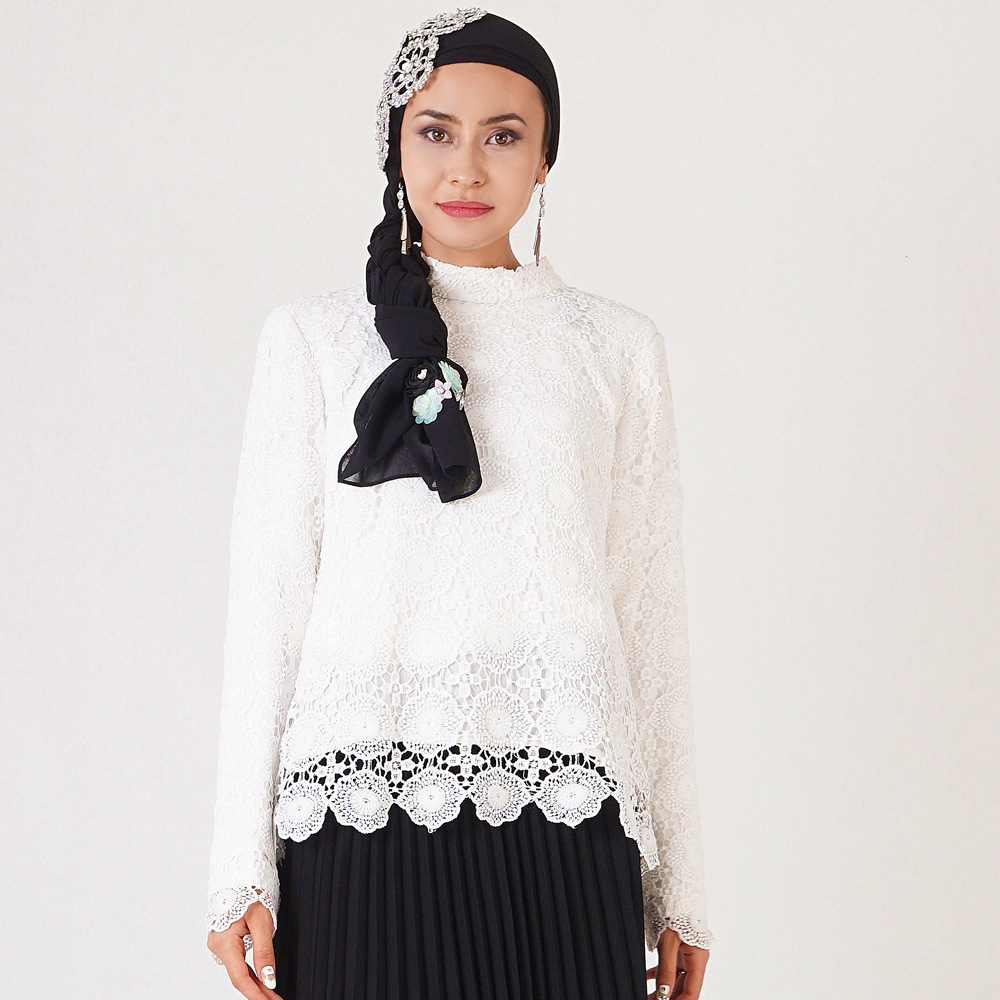 Elegant Muslim Blouses And Shirts Women Long Sleeve Lace Bottoming Tops Office Ladies Spring Hollow Out Dubai Islamic Clothing