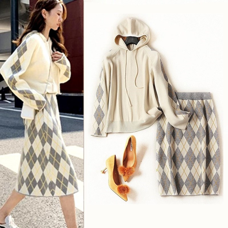 Winter Knitted Womans Suits Hooded Loose Sweater And Plaid Skirts Sets For Woman Casual Ladies Skirts Suit Good Quality CC290