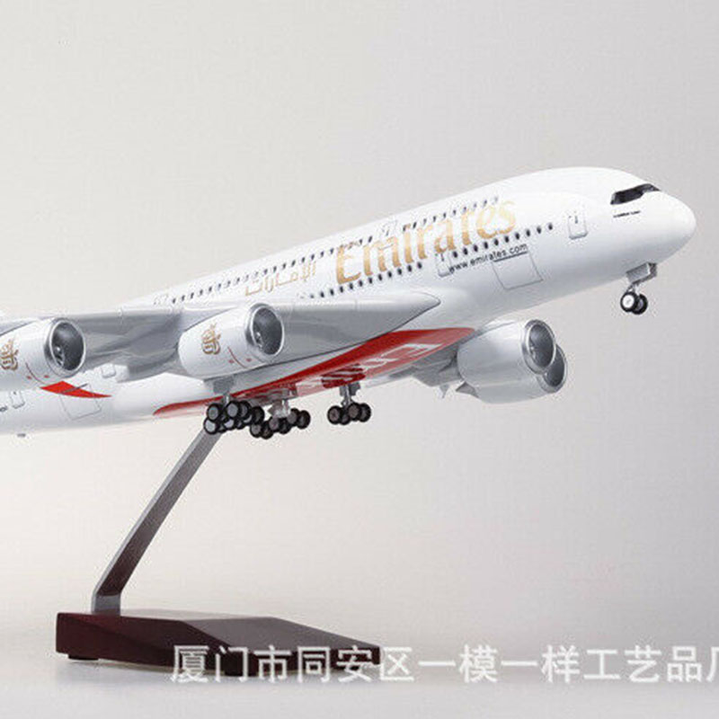 1/160 Emirates A380 Airplane Model LED Light Simulation Passenger Aircraft