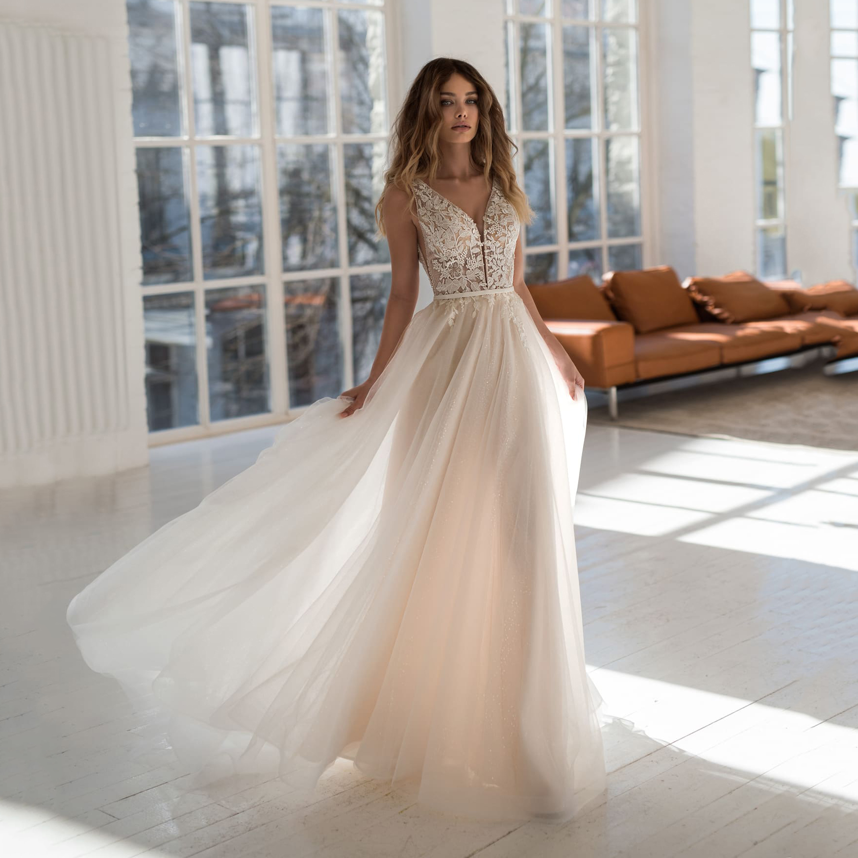 Summer Beach Boho A-Line Wedding Dresses Illusion V Neck Backless Applique Lace Top Tulle Floor Length Custom Made Bridal Gowns