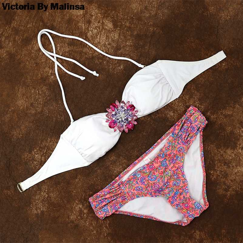 Vrouwen Roze Crystal Diamond Bikini Set Wit Top Secret Badpak Zomer Biquini Cheeky Bottom Braziliaanse Badpak Badmode