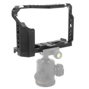 Image 4 - FEICHAO XT4 كاميرا قفص الألومنيوم الإطار واقية كامل قفص w/الباردة مقعد الحذاء جبل ل Mic فلاش ضوء ل فوجي فيلم فوجي X T4