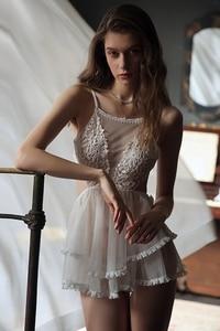 Image 5 - 섹시한 공주 잠옷 여성 레이스 그물 거즈 backless 럭셔리 드레스 란제리 intimates 잠옷 속옷 babydoll
