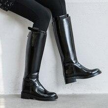 Prova perfetto all-match clássicos botas longas mulheres joelho-alta fivela de cinto de couro genuíno suave botas de motocicleta popular inverno