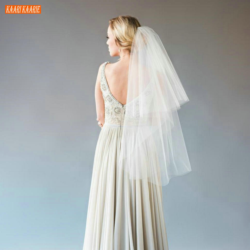 Elegant 75CM White Short Bridal Veil With Comb Ivory Bride Veils Soft Tulle Cut Edge Two Layer Veiling Cheap Wedding Accessories