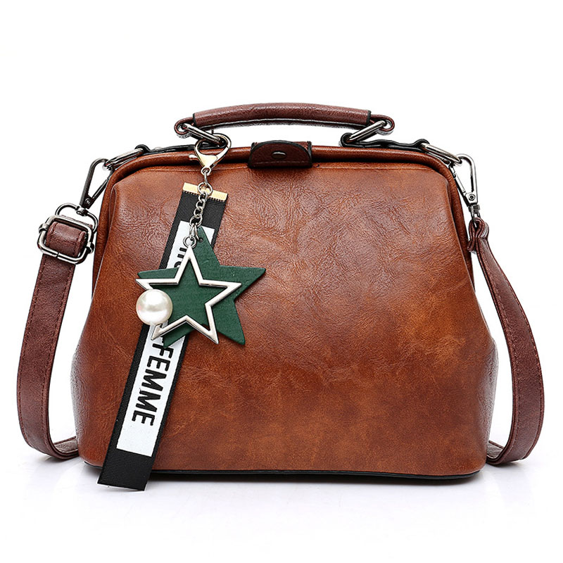 Fashion Women Handbag New Female Star Pendant Tassel Rivets Leather Crossbody Shoulder Bag Casual Famous Brand Doctor Women Bags