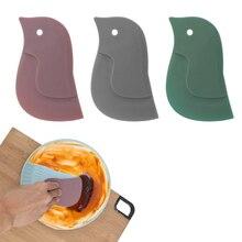 1pc Cute Cartoon Soft Scraper Kitchen Baking Tool Multi-function Scraper Oil Plate Scraping