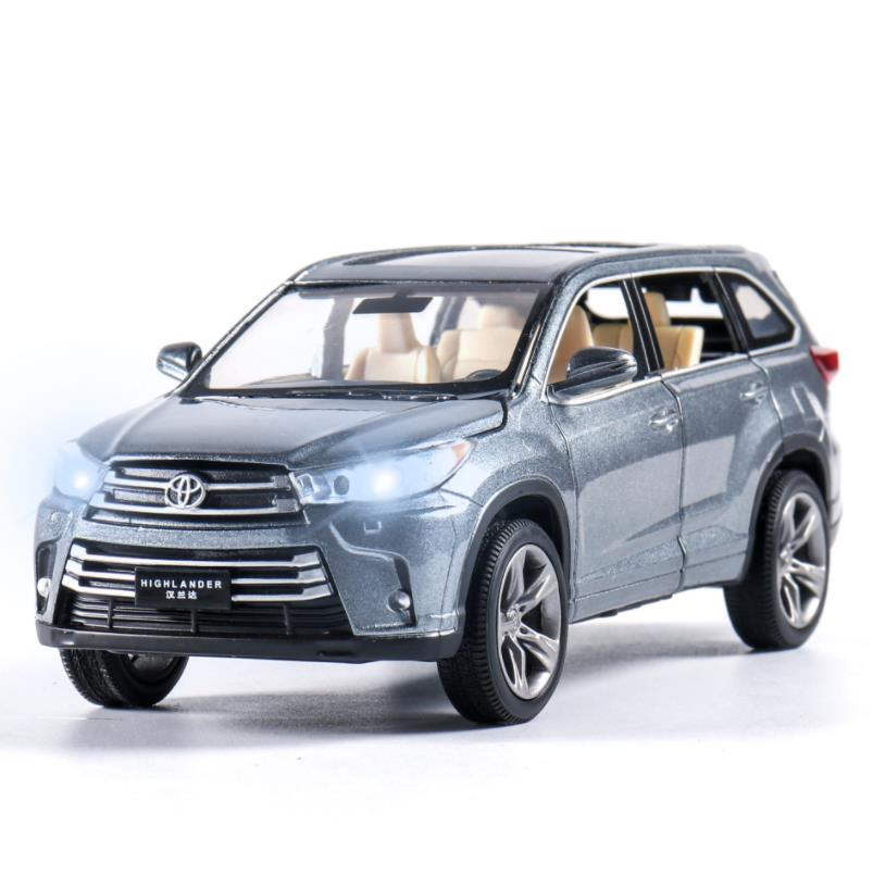1:32 Toy Car Toyota Highlander  Metal Toy Alloy Car Diecasts & Toy Vehicles Car Model Car Miniature Toys For Children