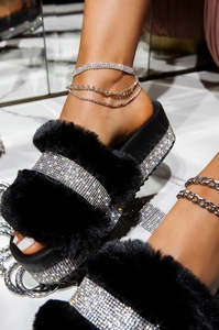 Luxur Designer Women Fur Rhinestone Slippers Platform Wedges Heel Solid Fluffy Furry Slides Outside Sexy Shoes Ladies Whosale
