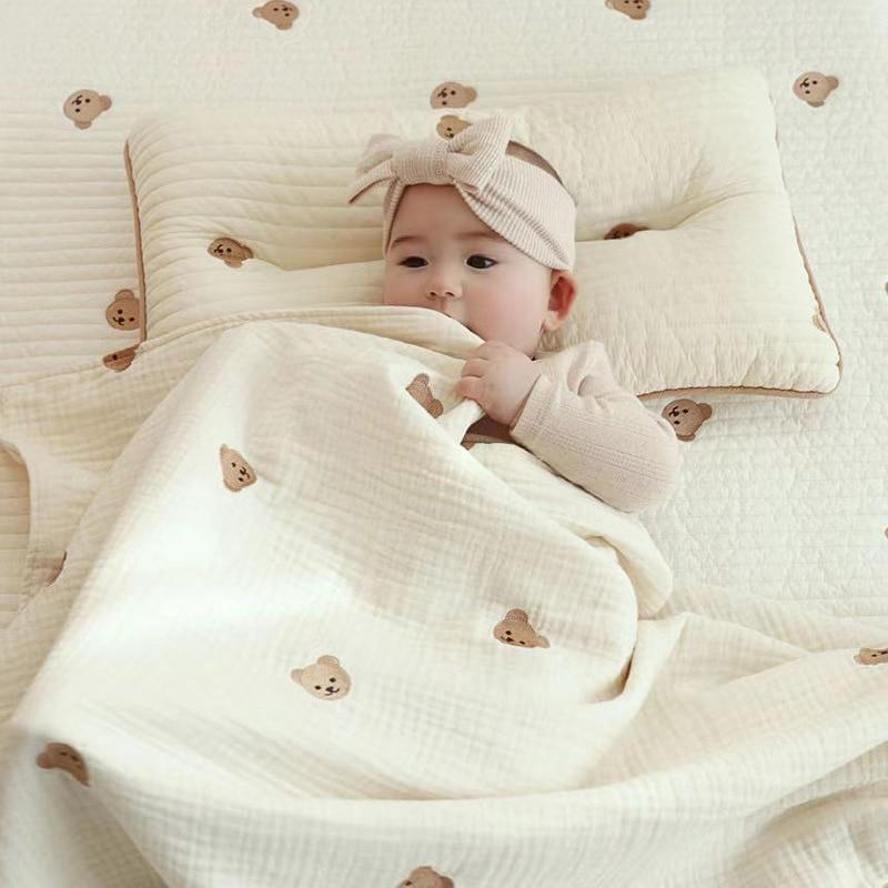 1659.0¥ 38% OFF MILANCEL 2021 Autumn New Baby Blanket Korean Bear Print KIds Sleeping  Blanket Blan...