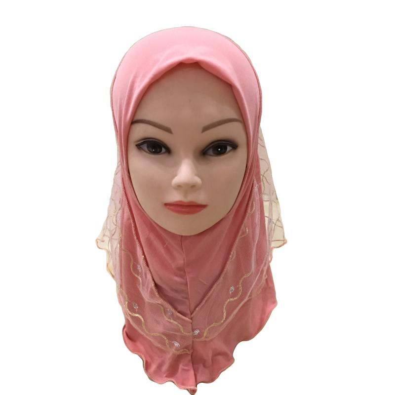 Image 4 - 2019 г. Мусульманский красивый хиджаб для девочек, исламский шарф  в арабском стиле, шали с цветочным узором, платок, Детские шали,  головные уборы, шапки AmiraМусульманская одежда