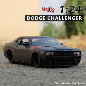 Maisto 1:24 2008 Dodge Challenger simulation alloy car model crafts decoration collection toy tools gift