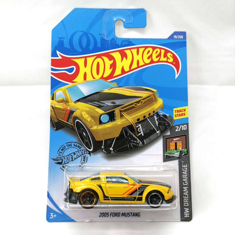 2020-19  Hot Wheels 1:64 Car 2005 FORD MUSTANG Collector Edition Metal Diecast Model Cars Kids Toys Gift