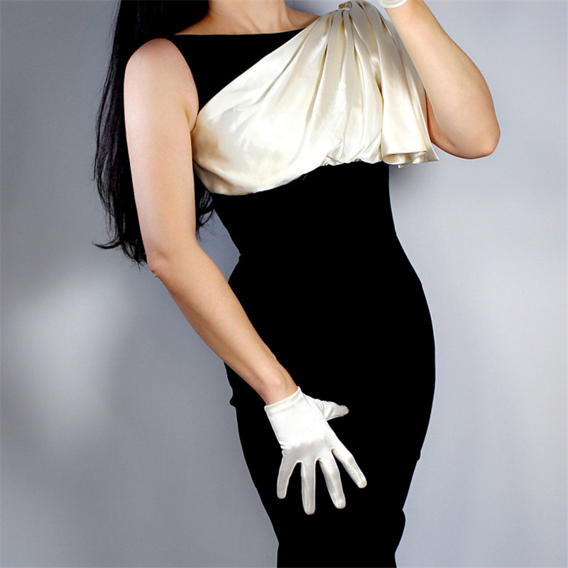 Silk Satin Gloves 19cm Ultra Short Elastic Mercerized Pearl Silk Satin Rice White Pearl Sunscreen Woman's Evening Gloves WSG10