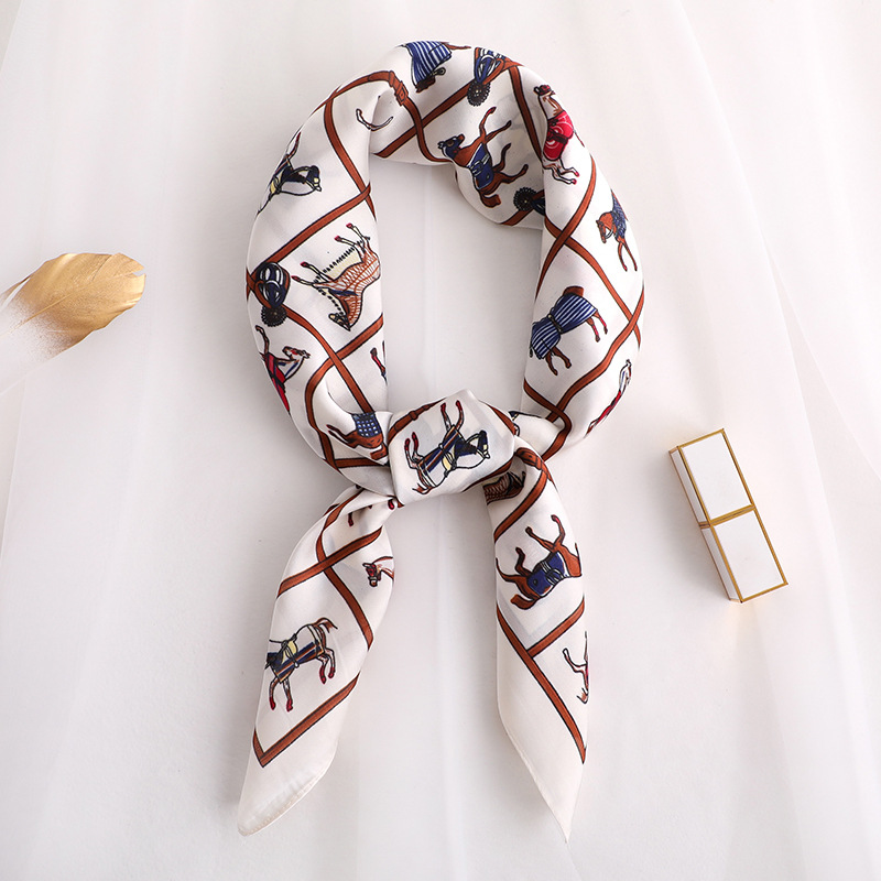 2020 Fashion New Style Spring And Autumn Women's Square Silk Scarves Lady Luxury Printed Headscarf Beach Sunscreen Quality Shawl