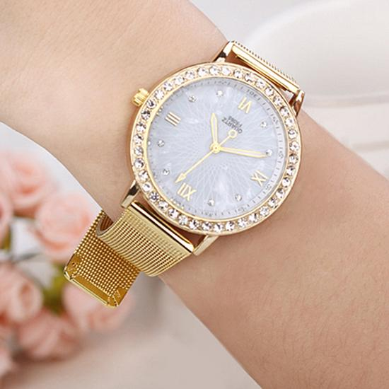 Women Fashion Rhinestone Roman Numerals Gold Plated Metal Mesh Band Wrist Watch