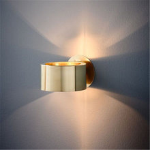 Современный простой настенный золотистый светильник для гостиной
