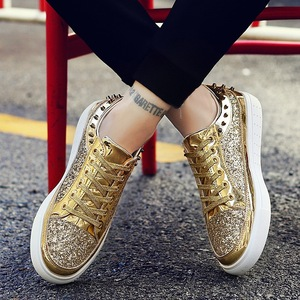 Image 2 - ใหม่ 2019 ใหม่ลำลองผู้หญิงรองเท้าฤดูใบไม้ผลิฤดูใบไม้ร่วง PU Bling แฟชั่น Sliver รองเท้าผ้าใบสตรี LACE UP ผู้หญิงรองเท้ารองเท้าขนาดใหญ่