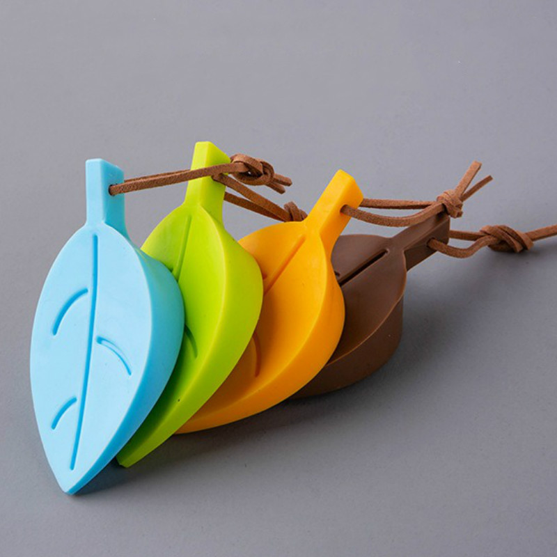 Children's Cartoon Leaf Shape Door Stopper Anti-pinch Device Safety Products Food Grade Silicone Security Door Card 4 Colors