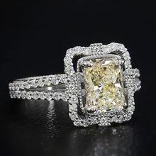 Huitan Wedding Band Ring with Square Shape Champagne Cubic Zirconia Luxury Vintage Jewelry Engagement Rings for Women