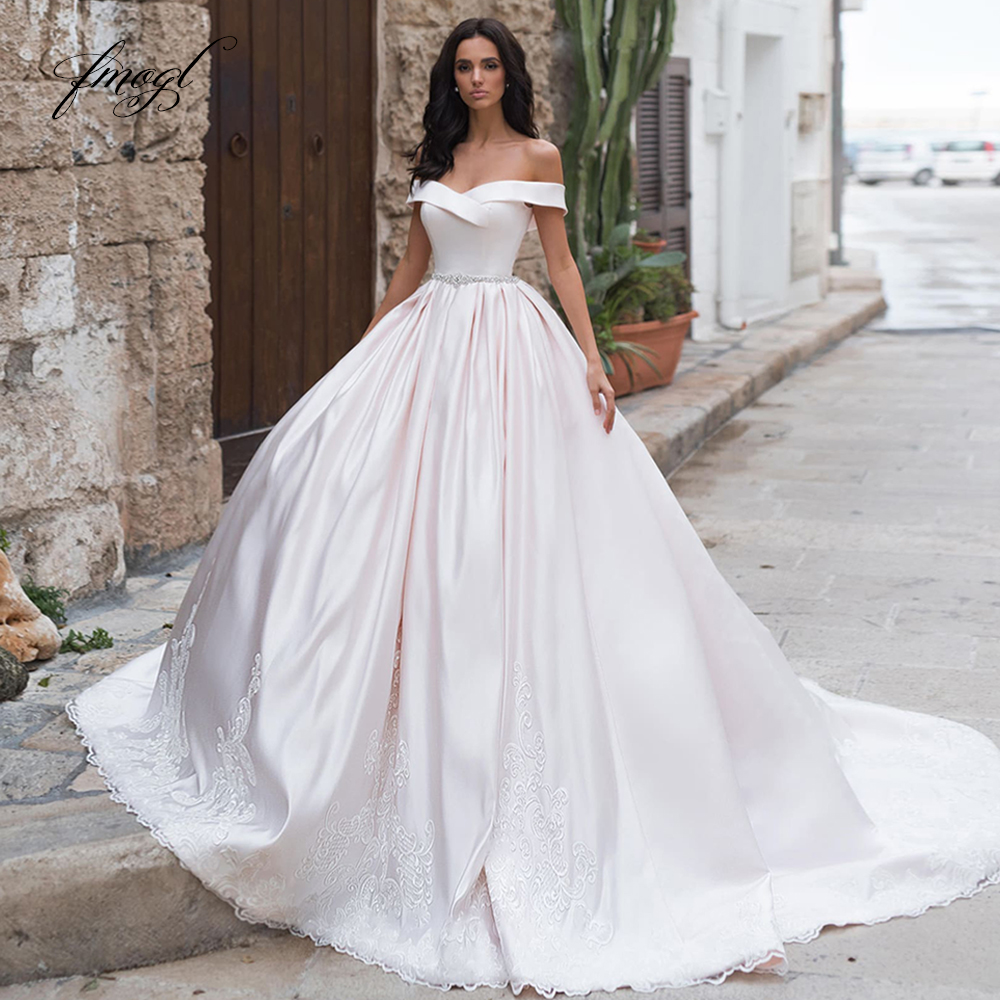 Fmogl Sexy Boat Neck Matte Satin Ball Gown Wedding Dresses 2020 Luxury Appliques Beaded Sashes Court Train Vintage Bridal Gowns