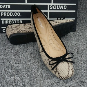 Image 2 - Snake Flat Shoes Women Leather Ballerinas Round Toe Bowtie Slip On Ballet Flats Maternity Loafers Moccasins Ladies Casual Flats
