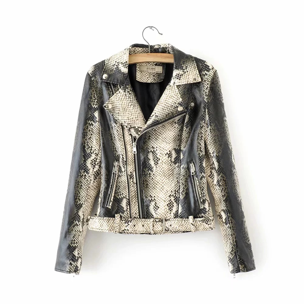 2019 and the European and American wind ladies PU   leather   serpentine streets locomotive   leather   jacket