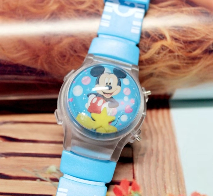 Mickey Mouse Silicone Jelly Water Ball Fashionable Cute Flash Watch Watch