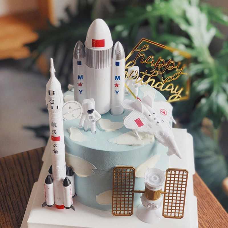 Astonishing Astronaut Aeronautical Model Exploration Rocket Scene Ornaments Personalised Birthday Cards Vishlily Jamesorg