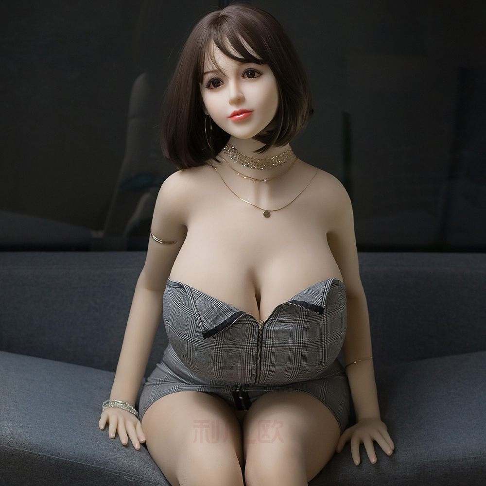 <font><b>170cm</b></font> TPE <font><b>Sex</b></font> <font><b>Doll</b></font> <font><b>Big</b></font> <font><b>Breast</b></font> real Vagina Anal <font><b>Sex</b></font> Toy For Man Masturbator Dildo Penis Cock Cove Stimulator Adult Products image