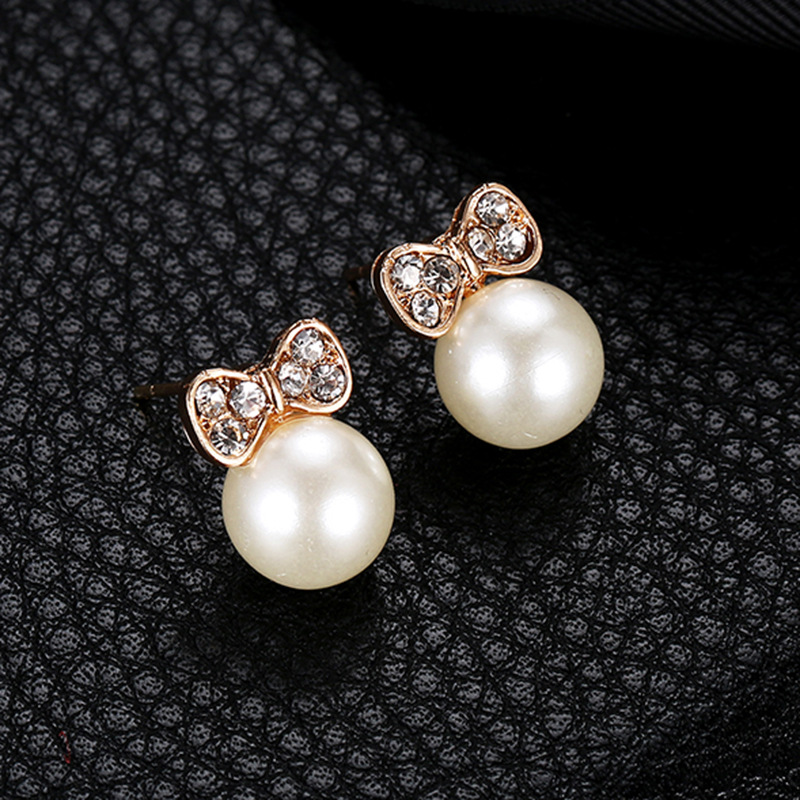 2019 Japan And South Korea New Creative Three-dimensional Bow Inlaid Zircon Pearl Earrings Ladies Earrings Wholesale