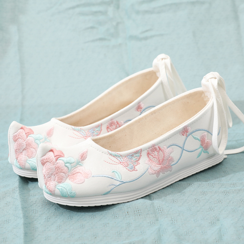 Chinese Traditional Stage Shoes Women China Folk Dance Flat Floral Embroidery Oriental Style Bride Wedding Hanfu Fancy Nice Shoe