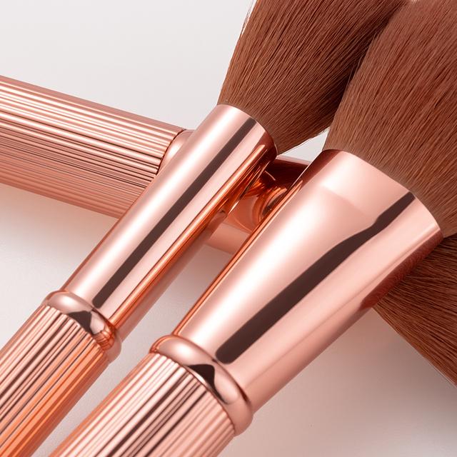 Fashion Professional Make-Up Brushes