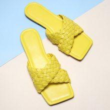 2020 yaz yeni moda düz sandalet terlik alt Rattan çapraz kayış sandalet dış giyim terlik fabrika nokta büyük boy 41 42