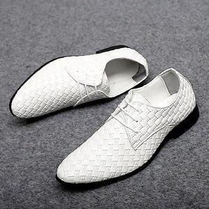 Image 2 - 2020 גברים נעליים יומיומיות עור אופנה נעלי מארג עסקי שרוכים נעלי פנאי נעלי לשכת קלאסי קלה נעליים