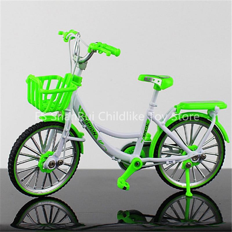 Mini bicicletas e skate