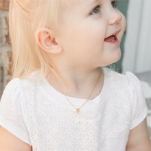 HIYONG Personalized Baby Necklace Custom Name Gold Silver 26 Letters Pendants Mom Give Girls Best Birthday Gift Jewelry