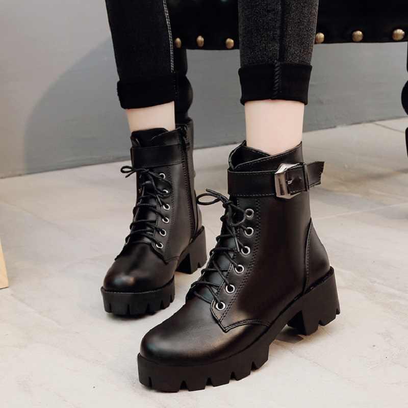 2019 yeni toka motosiklet botları kadın İngiliz tarzı yarım çizmeler gotik Punk düşük topuk bileğe kadar bot kış kadın ayakkabı artı boyutu 40