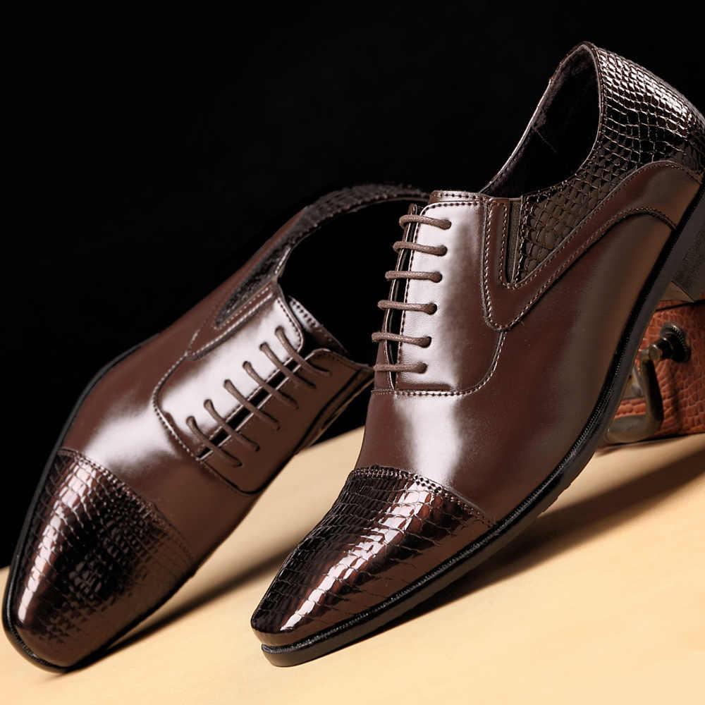 الرجال الأحذية الرسمية 2020 الخريف والشتاء العلامة التجارية فستان الزفاف أحذية الرجال الأحذية الجديدة الأسود موضة تصميم الجلود أحذية رجالي 38-48
