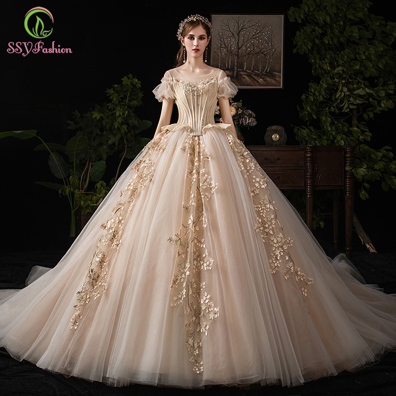 SSYFashion New Luxury Palace Princess Champagne Wedding Dress Bride Lace Appliques Puff Sleeve Court Train Long Wedding Gowns