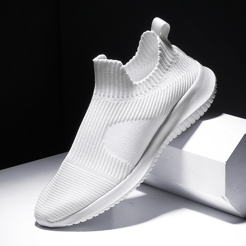 Running Shoes For Man 2019 New Mesh Brand Men Shoes Summer Breathable Slip On Athletics Sports Shoes Solid White Sneakers Men
