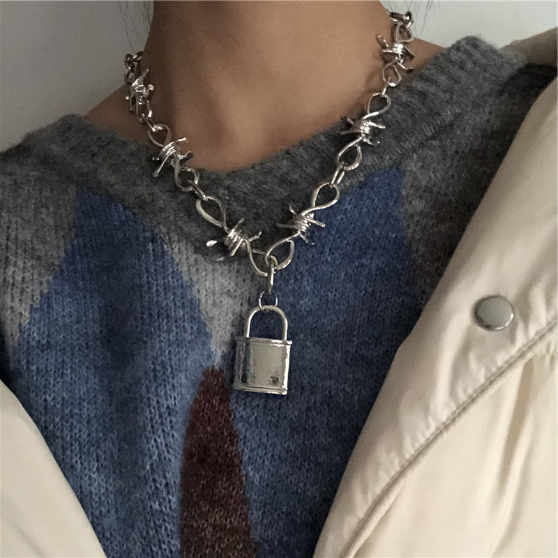 2020 New Handmade street hip hop Men Women Unisex Chain Thorns Spur Necklace Heavy Duty Padlock Choker Metal Collar hot sale image