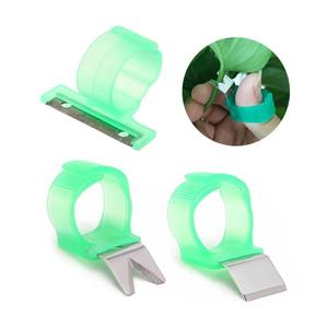 1pcs Vegetables Picker Thumb Ring Tomato Cucumber Grape Fruit Hand Cutting Tool Sharp Blade Fast Picking Helper for Vegetable