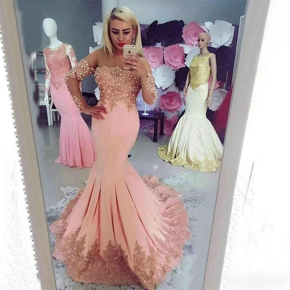 2020 セクシーなピンクのマーメイドイブニングドレス長袖アップリケレースビーズイブニングドレススイープトレインのためのパーティー