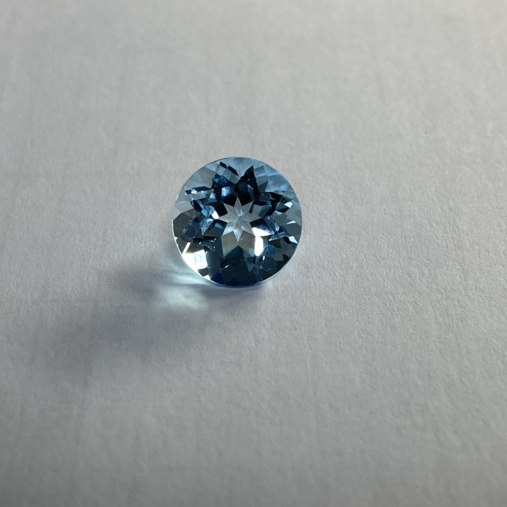 brilliant cut 9 mm 3.5 carats AAA Quality natural topaz sky blue topaz gemstone for sale